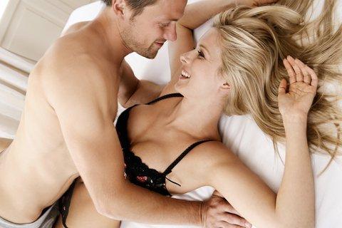 Sex în timpul menstruației – urmați aceste sfaturi pentru o partidă reușită
