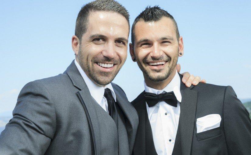 Găsește-ți jumătatea pe site-uri de matrimoniale gay